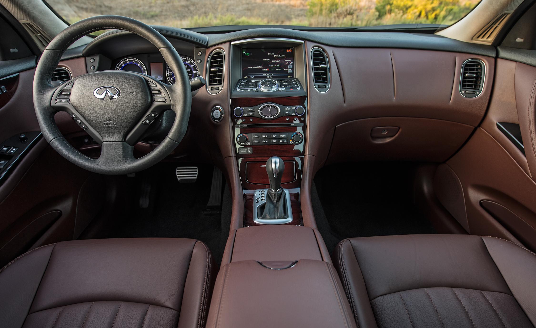 2016 Infiniti QX50 Interior Front