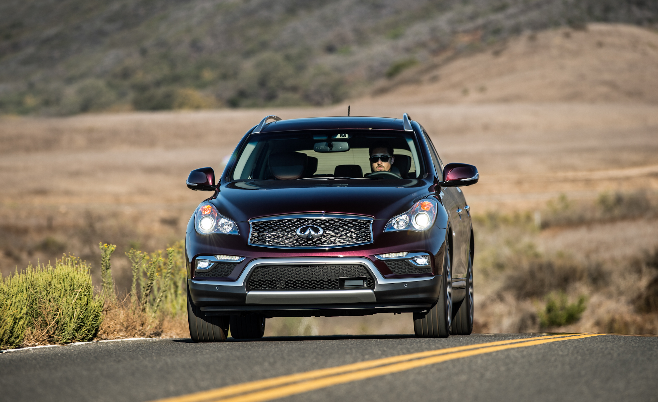 2016 Infiniti QX50 Test Front View