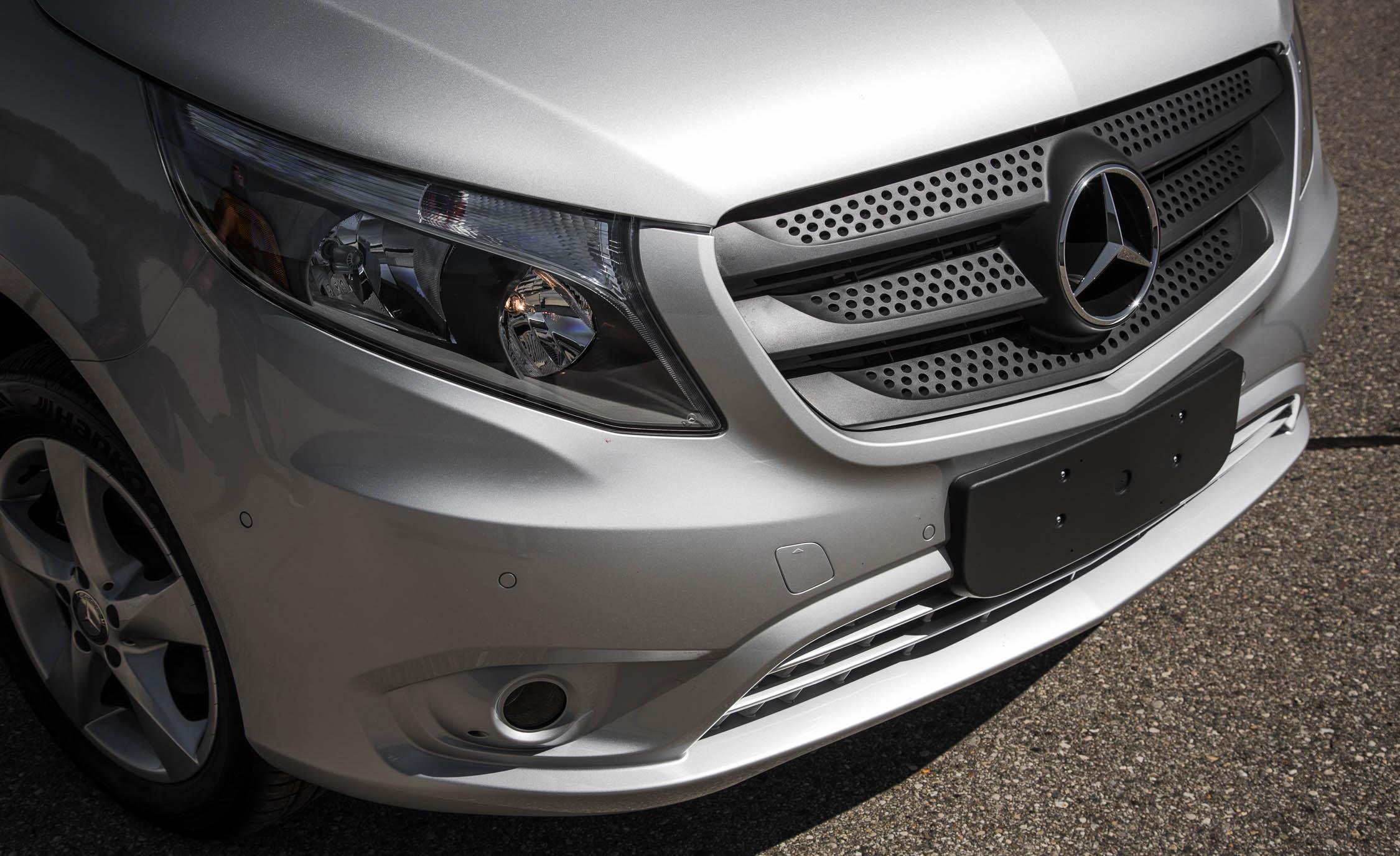 2016 Mercedes-Benz Metris Exterior Bumper