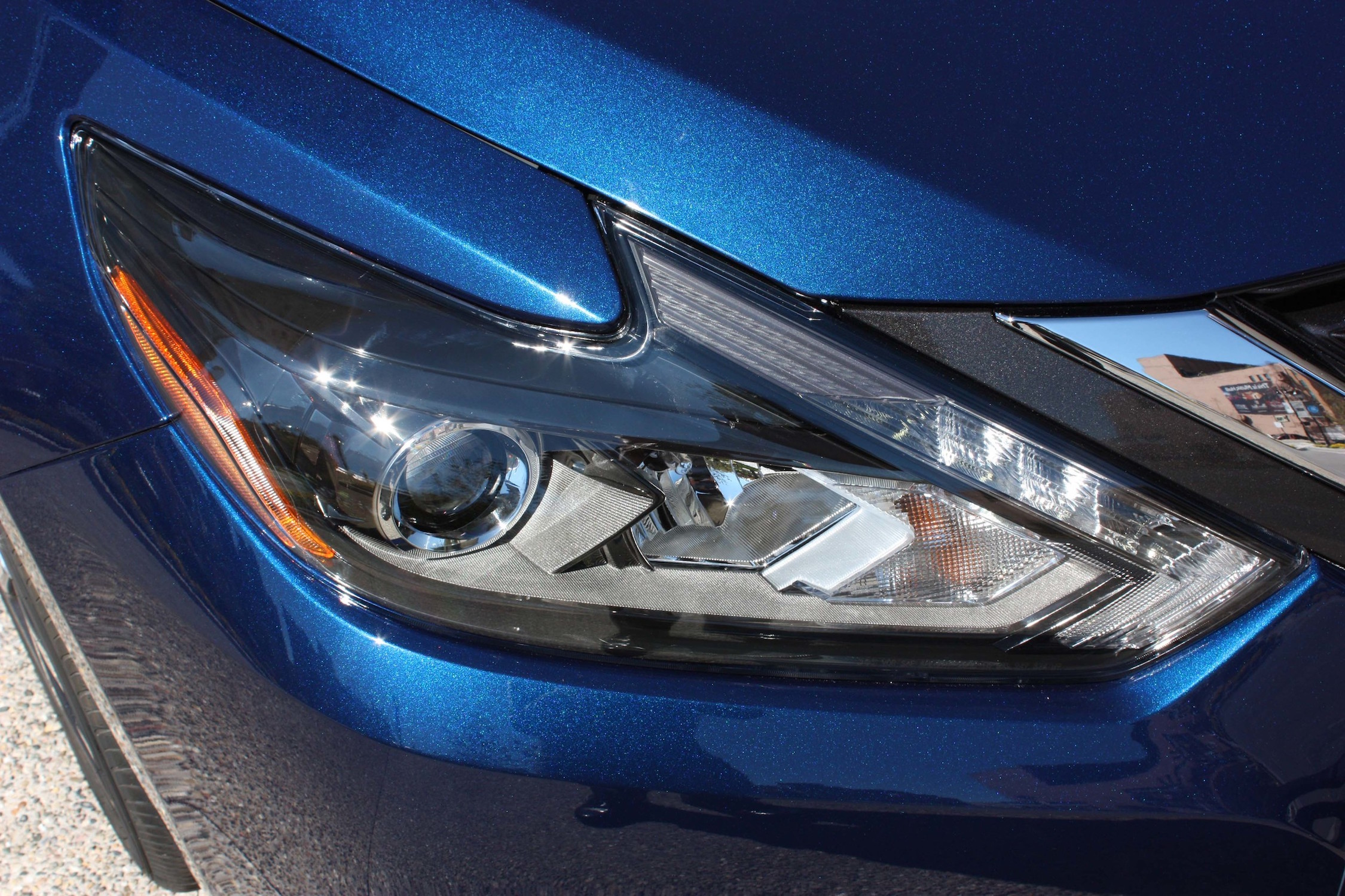 2016 Nissan Altima Exterior Headlight