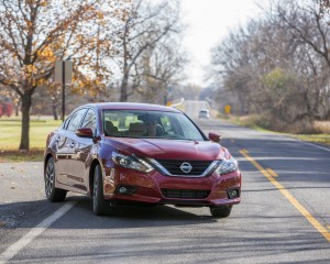 2016 Nissan Altima Exterior Red