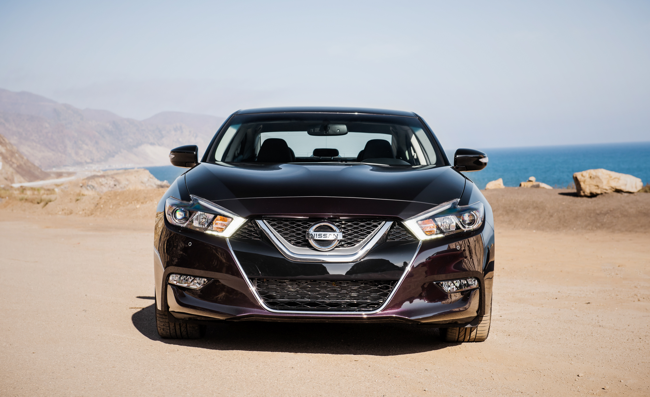 2016 Nissan Maxima SR Exterior Full Front