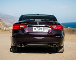 2016 Nissan Maxima SR Exterior Full Rear