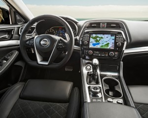 2016 Nissan Maxima SR Interior Cockpit and Dashboard