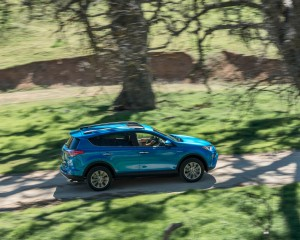2016 Toyota RAV4 Hybrid Test Top View