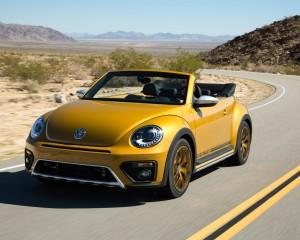 2016 Volkswagen Beetle Dune Convertible Test Front