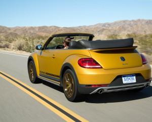 2016 Volkswagen Beetle Dune Convertible Test Rear