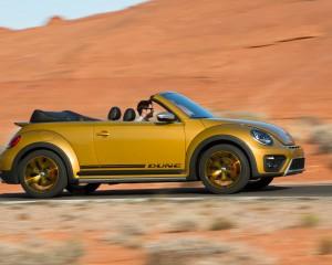 2016 Volkswagen Beetle Dune Convertible Test Side