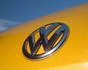 2016 Volkswagen Beetle Dune Exterior Badge Front