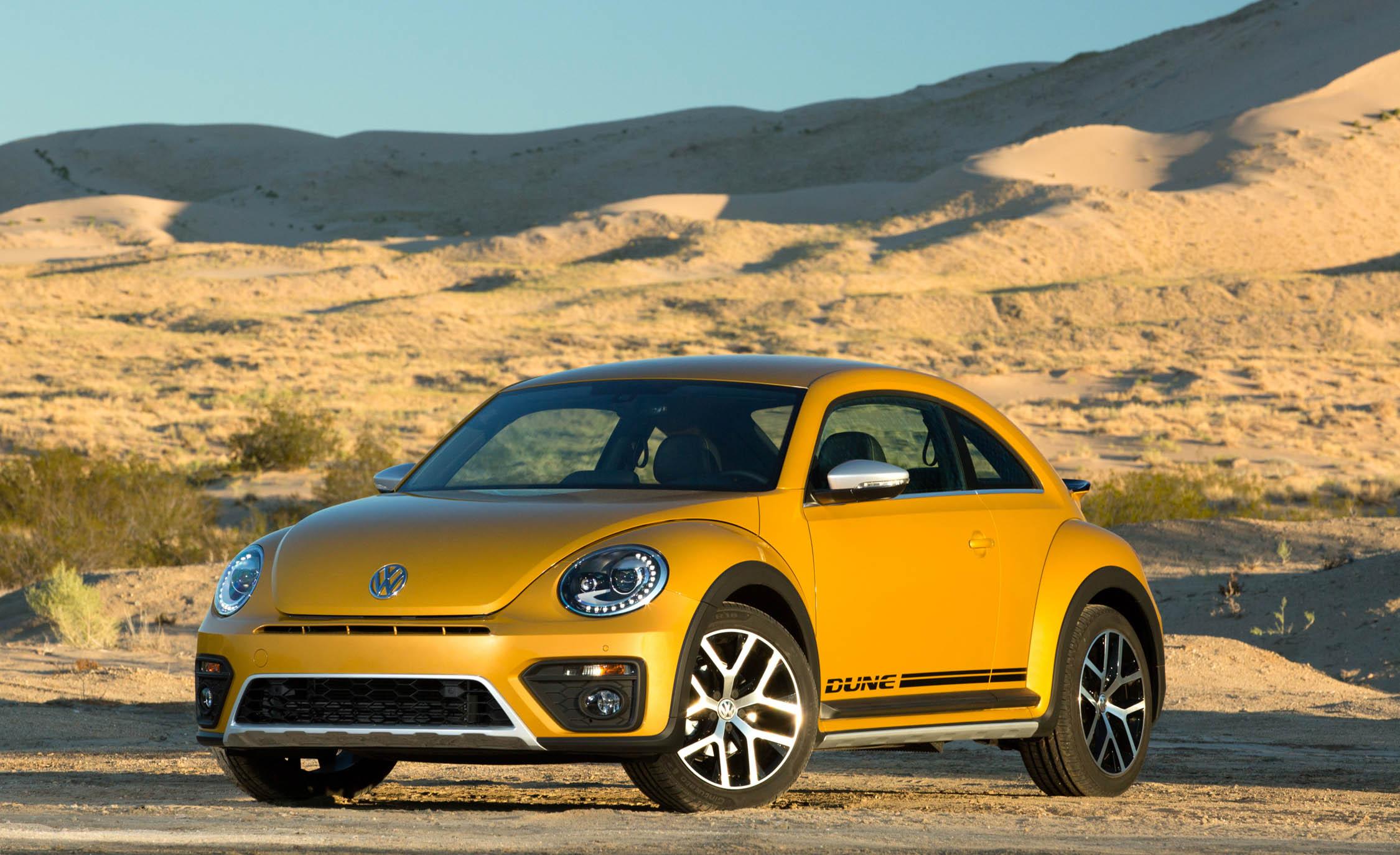 2016 Volkswagen Beetle Dune Exterior Full Front and Side