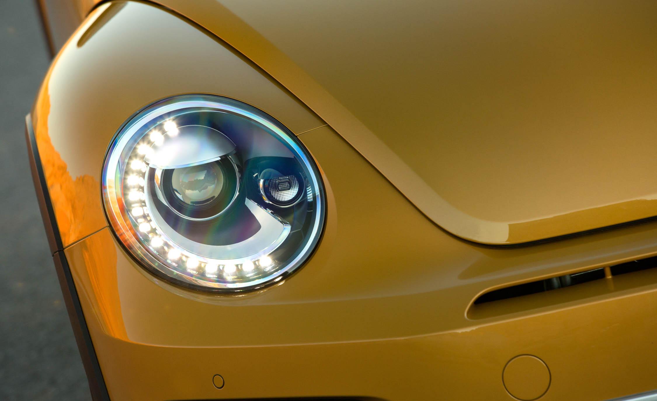 2016 Volkswagen Beetle Dune Exterior Headlight