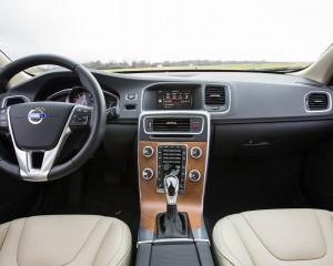 2016 Volvo S60 T5 Inscription Interior Dashboard