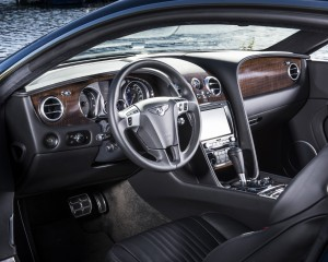 Interior View Bentley Continental GT V8 Coupe 2016