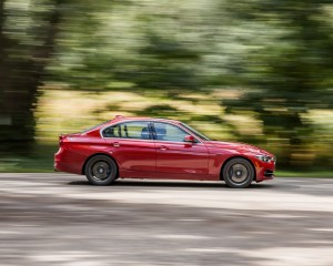 2016 BMW 340i Test Side View