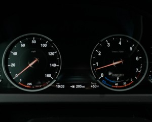 2016 BMW 640i Convertible Interior Speedometer