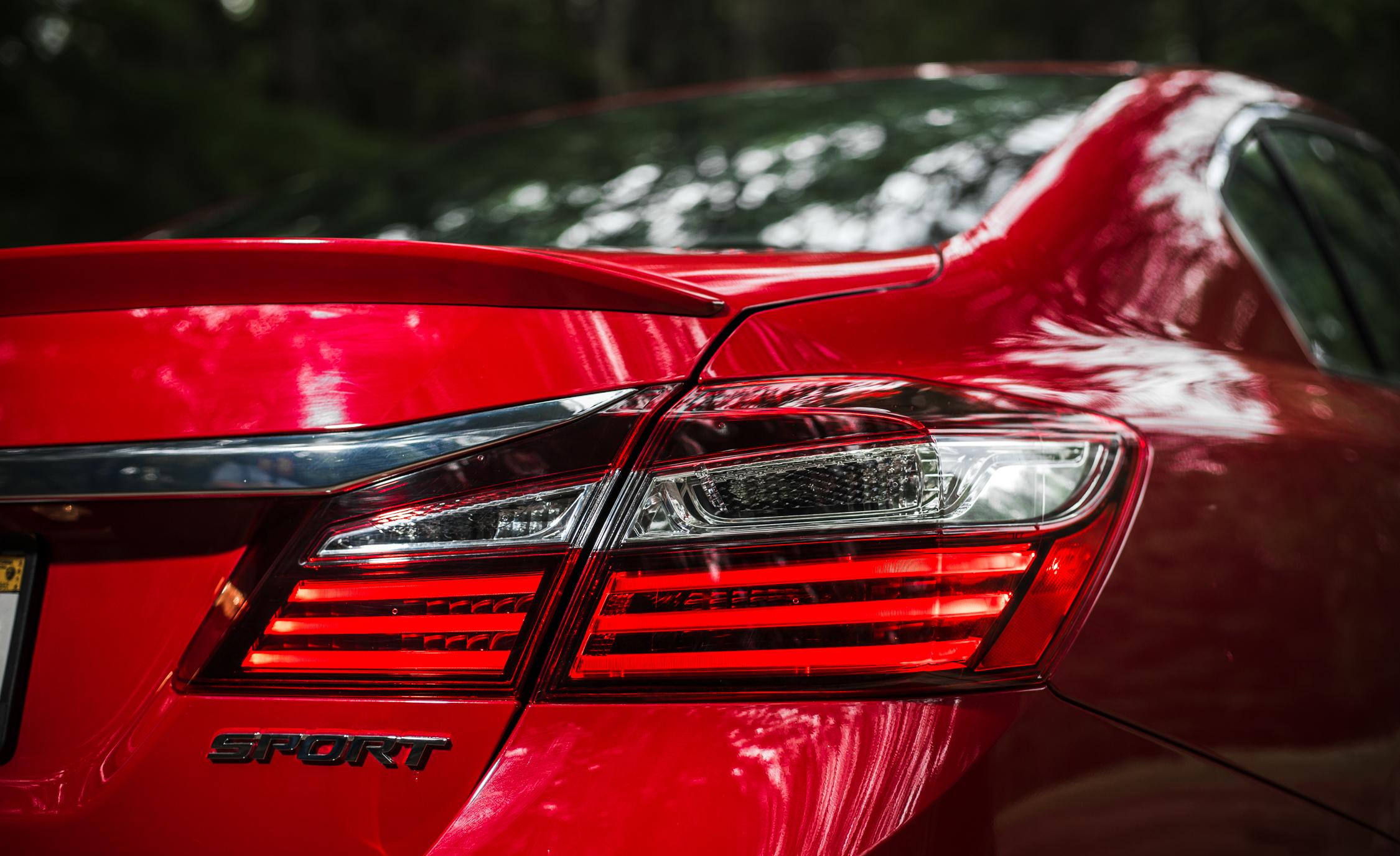 2016 Honda Accord Sport Exterior Taillight Right