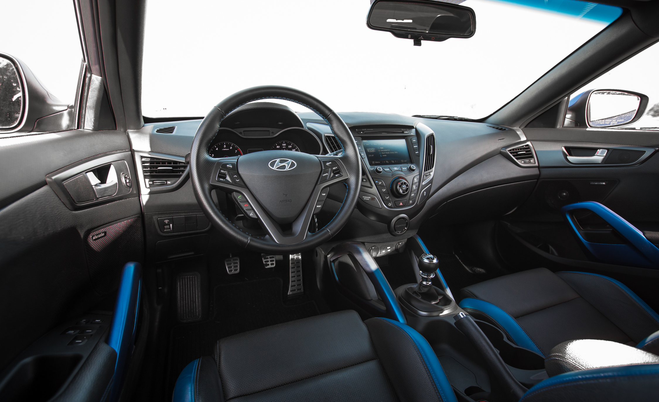 New 2016 Hyundai Veloster Turbo Rally Edition 9430 Cars Performance Reviews And Test Drive