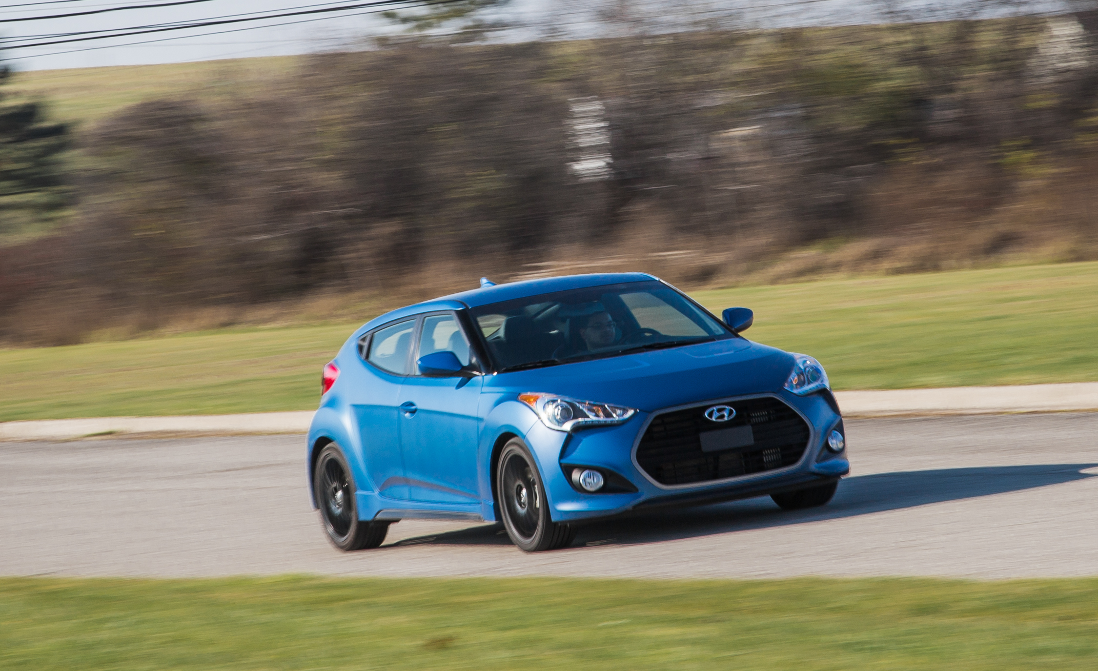 2016 hyundai veloster rally edition 1 6l turbo reviews 9397 cars performance reviews and. Black Bedroom Furniture Sets. Home Design Ideas