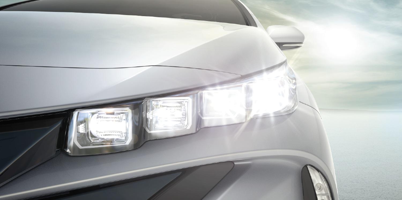 2017 Toyota Prius Prime Headlight View