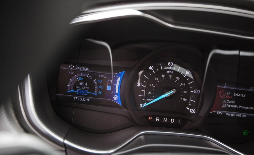 2017 Ford Fusion Hybrid Speedometer