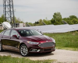 2017 Ford Fusion Hybrid Side View