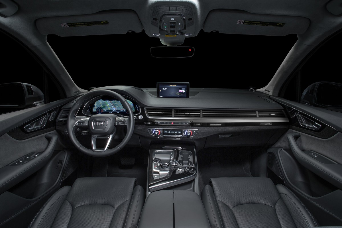 2017 audi q7 suv dashboard view 10435 cars performance reviews and test drive. Black Bedroom Furniture Sets. Home Design Ideas