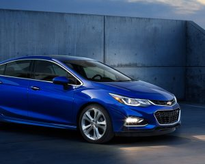 2017 Chevrolet Cruze Side View