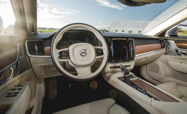 2017 Volvo S90 Steering