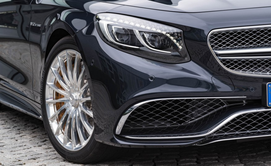 2017 Mercedes AMG S63 Cabriolet Headlight View