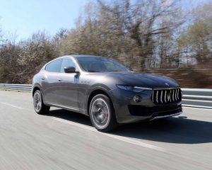 2017 Maserati Levante Front Side View