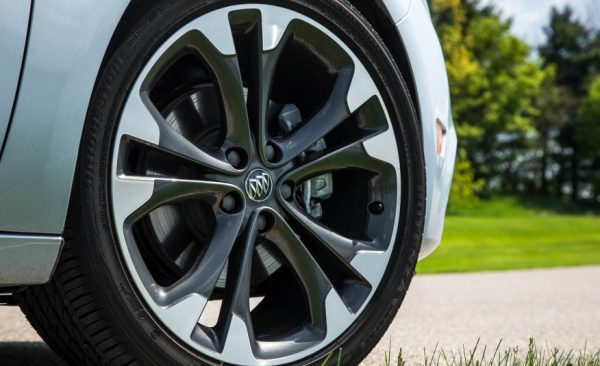 2017 Buick Cascada Wheels