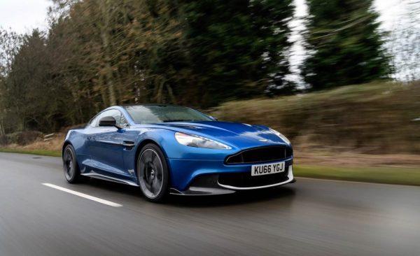 2017 Aston Martin Vanquish S Side