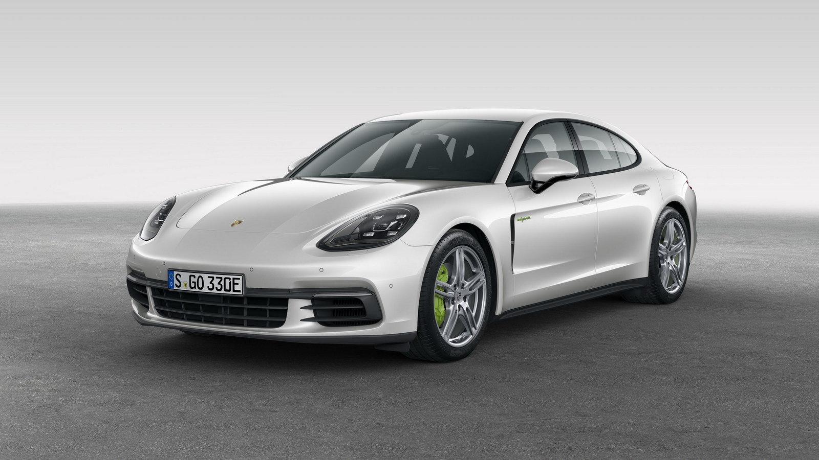 2018 Porsche Panamera 4 E Hybrid Front View