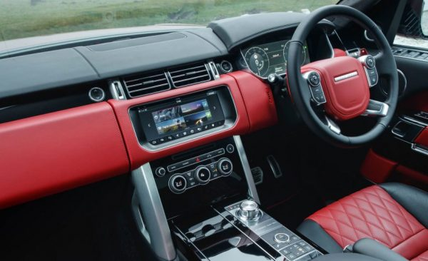 2017 Range Rover SVAutobiography review steering