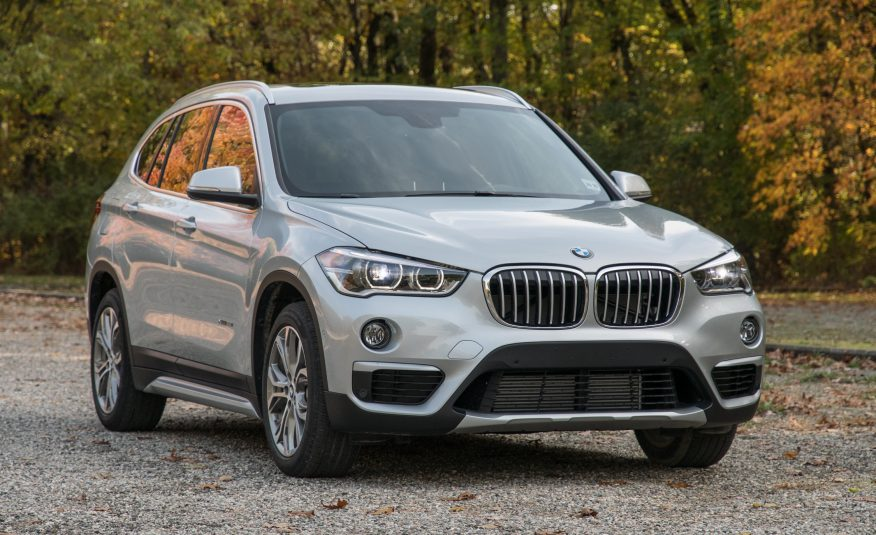 2017 BMW X1 Front View