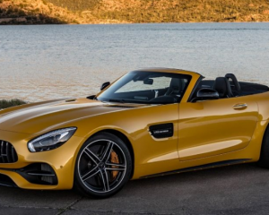 2018 Mercedes AMG GT C Side View