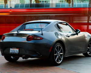 2017 Mazda MX-5 Miata rear exterior review