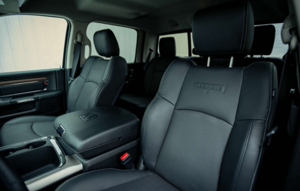 2017 Ram 2500 HD interior seats review