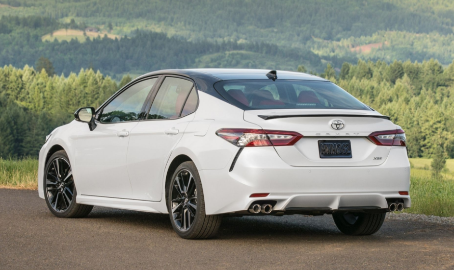 2018 Toyota Camry Rear Side View #11074 | Cars Performance, Reviews, and Test Drive