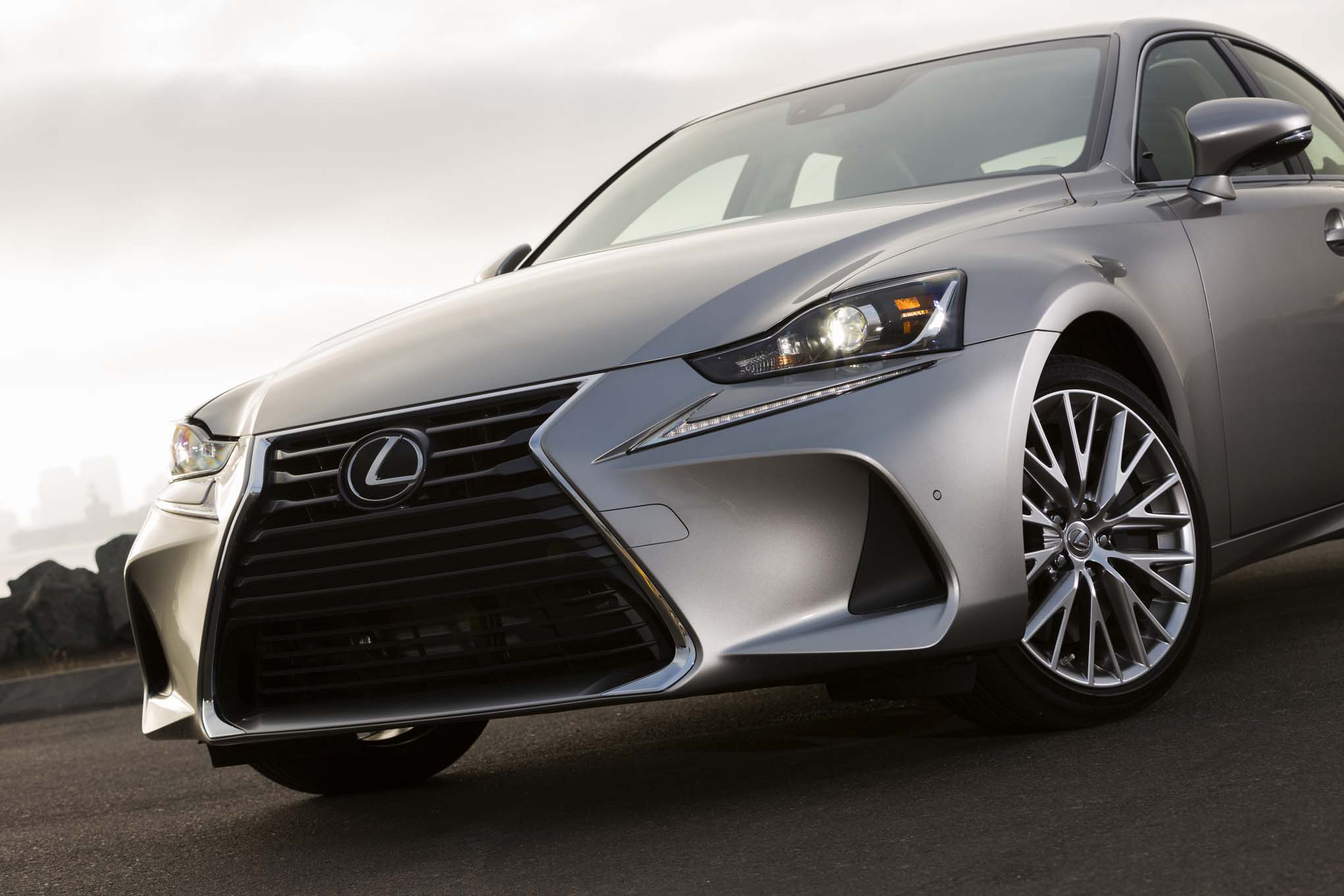 2017 Lexus IS Front Grille View