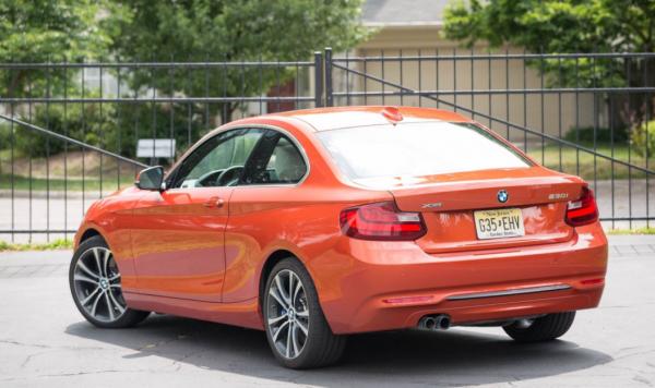 2018 BMW 2 series rear review