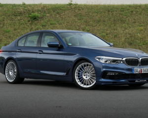2018 BMW Alpina B5 Biturbo Side Front View