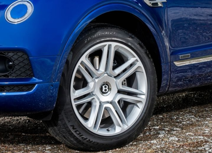 2018 Bentley Bentayga wheels review