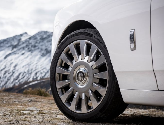 2018 Rolls Royce Phantom VIII wheel review