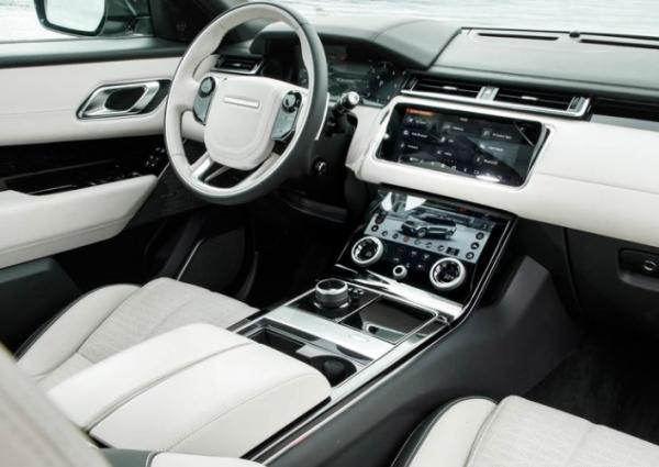 2018 Range Rover Velar dashboard review