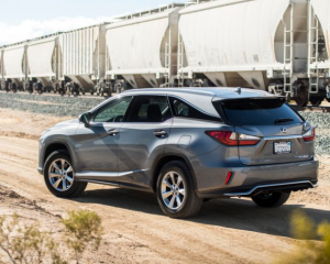 2018 Lexus RX350L rear review
