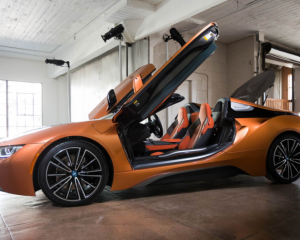 2019 BMW i8 Side View