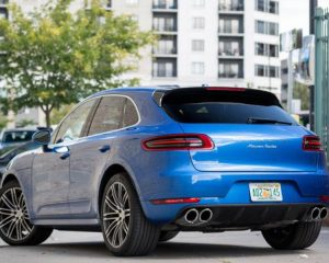 2018 Porsche Macan Turbo rear review